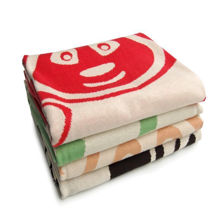 bio babydecke gestrickt rot mit panda motiv sonnenstrick. Black Bedroom Furniture Sets. Home Design Ideas
