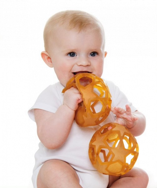 Baby mit Starball Hevea