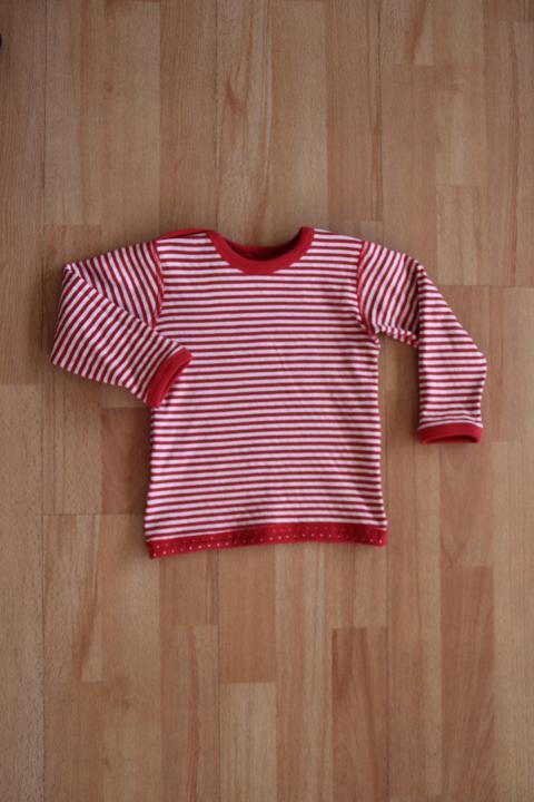 ... Vorschau  Wende-Langarmshirt Pünktchen rot-weiß gestreift von Leela  Cotton 7cd18dbdd5